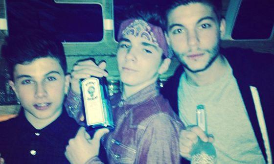 Madonna difunde una foto de su hijo de 13 años con una ginebra