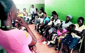 Las autoridades de Salud Pública cubrieron a haitianos consultas, emergencias, ingresos, pruebas de laboratorio, partos, cesáreas, control de embarazos en adolescentes, cirugías mayores, imágenes y transfusiones.