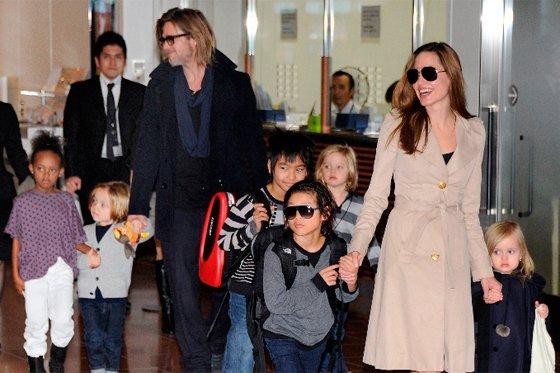 El actor quiere que los seis hijos que tiene con Angelina Jolie aprendan a cuidar de otros seres vivos.
