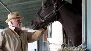Nick Nolte, en una escena de «Luck», serie producida por Michael Mann