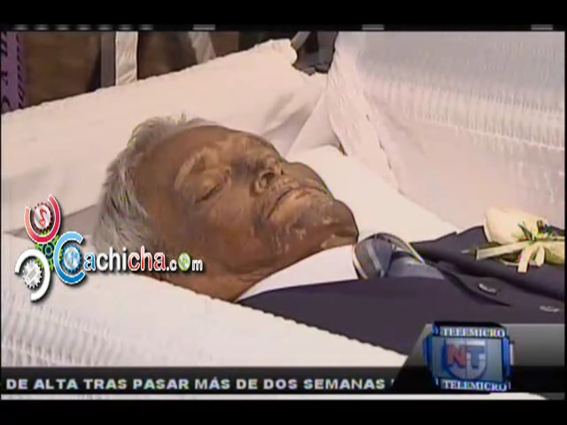 Velatorio Del Papa Del Salsero Jose Alberto El Canario #NoticiaTelemicro #Video