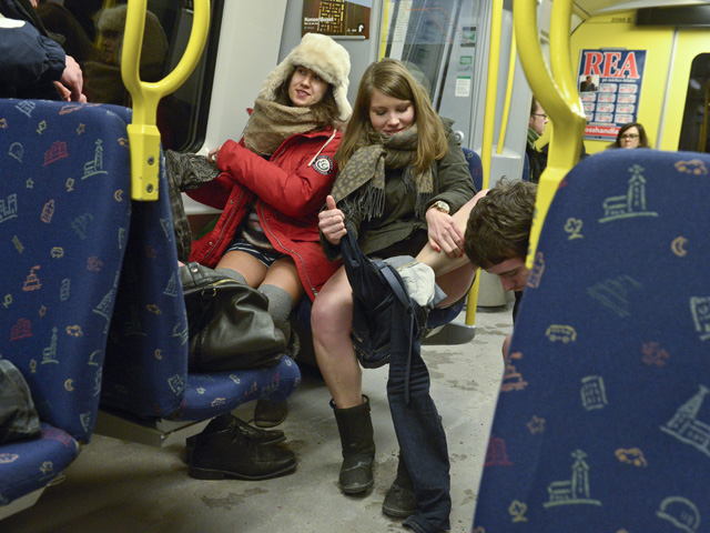 SWEDEN-SUBWAY-NOPANTS