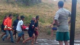 Tres muertos y 22 heridos en balneario argentino por caída de un rayo