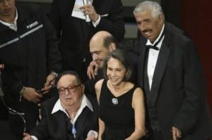 Roberto Gómez Bolaños 'chespirito', en desarrollo de un homenaje junto a sus compañeros de 'El Chavo del 8'