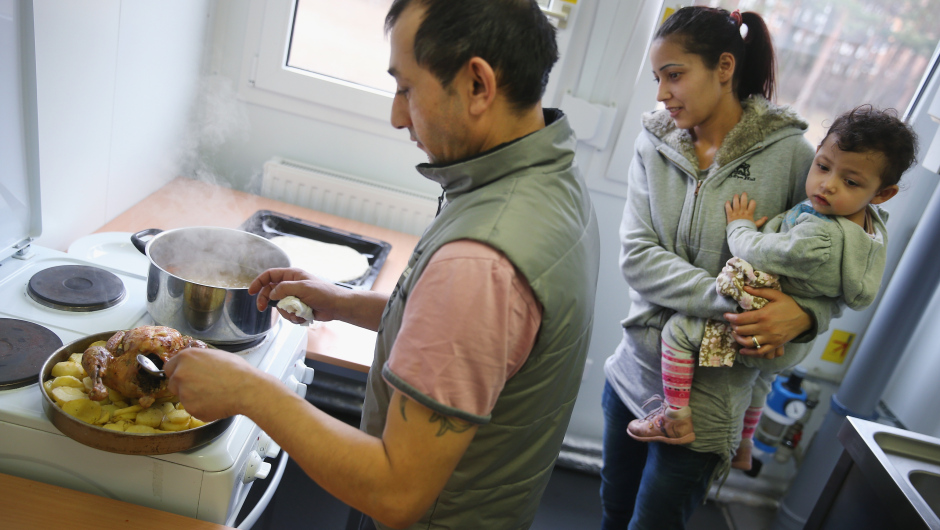 Germany Expects More Refugees In 2015