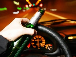 Bebidas-alcoholicas-en-vehiculos-300x224