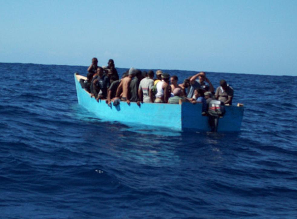 Armada detiene 20 dominicanos que viajarían ilegalmente a Puerto Rico