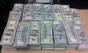 DNCD apresa colombiano con más de 800 mil dólares en una maleta