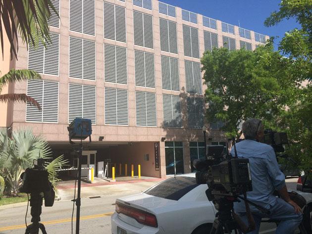 AGENTES DEL FBI PROSIGUEN REGISTRO DE SEDE DE LA CONCACAF EN ESTADOS UNIDOS