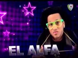 Presentacion-Completa-de-El-Alfa-en-Pegate-y-Gana-con-Pacha30