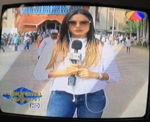 Estafan a presentadora Paloma Almonte