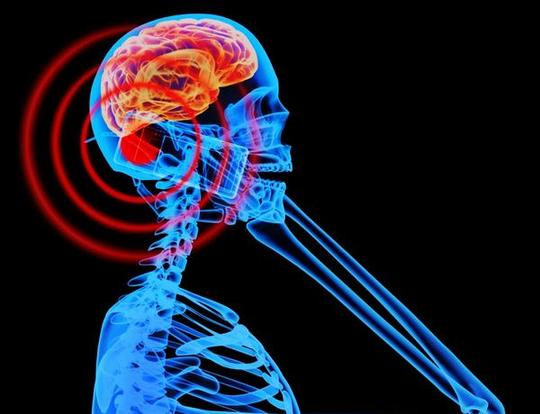 El uso intensivo del móvil aumenta el riesgo de sufrir cáncer cerebral